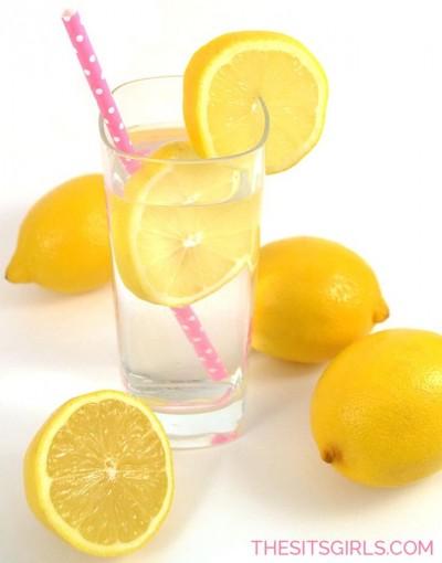 Утренний бодрящий напиток - мед с лимонным соком